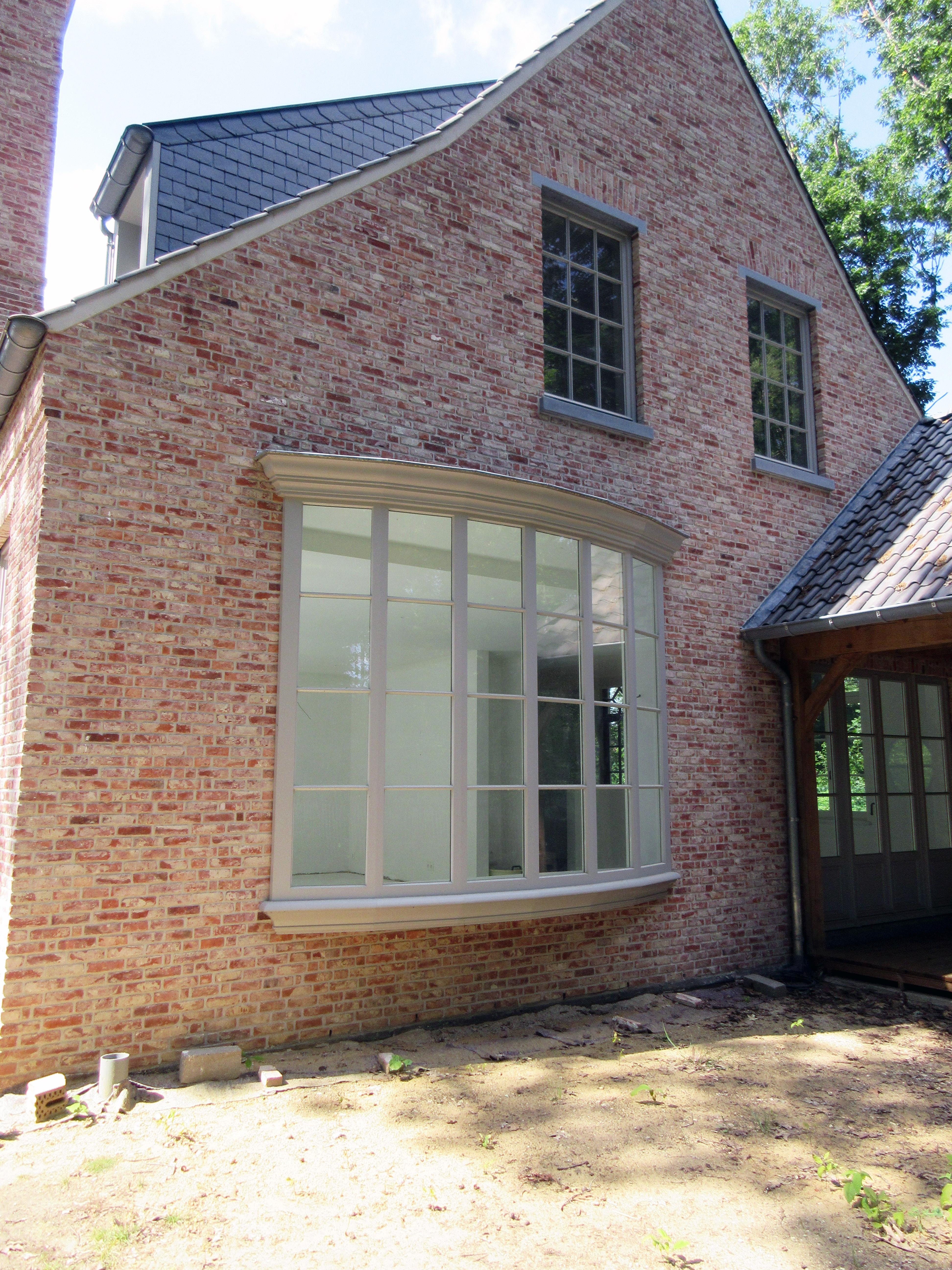 Dry treat brick residence in belgium - Small belgian houses brick ...